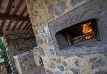 casale-galli-forno-legna