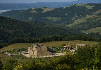 casale-galli-trevinano-panoramica-verde